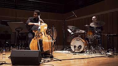 Supernova Jazz Trio + Durazno - Ludmila Sangrando 380x214